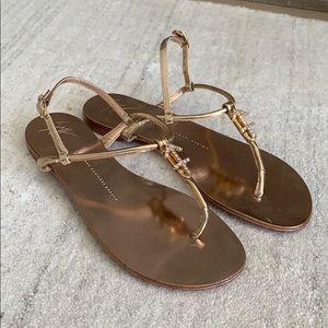 Giuseppe zanotti flat sandals like new